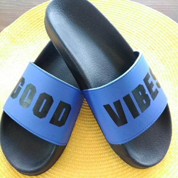 f61c7650ac7a PINK Victoria s Secret Slide Sandal Good Vibes. M 5b649d55bb7615aebe304bf9